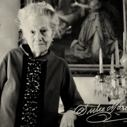 Dulce-Maria-Loynaz 4 gold