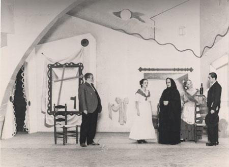 04-escena_de_la_representacion_de_bodas_de_sangre_en_el_teatro_principal_palace_barcelona_22_noviembre_1935_05_s