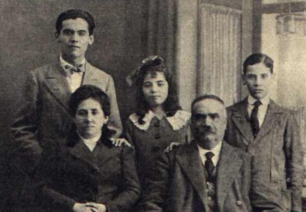 Federico_Garcia_Lorca_familia